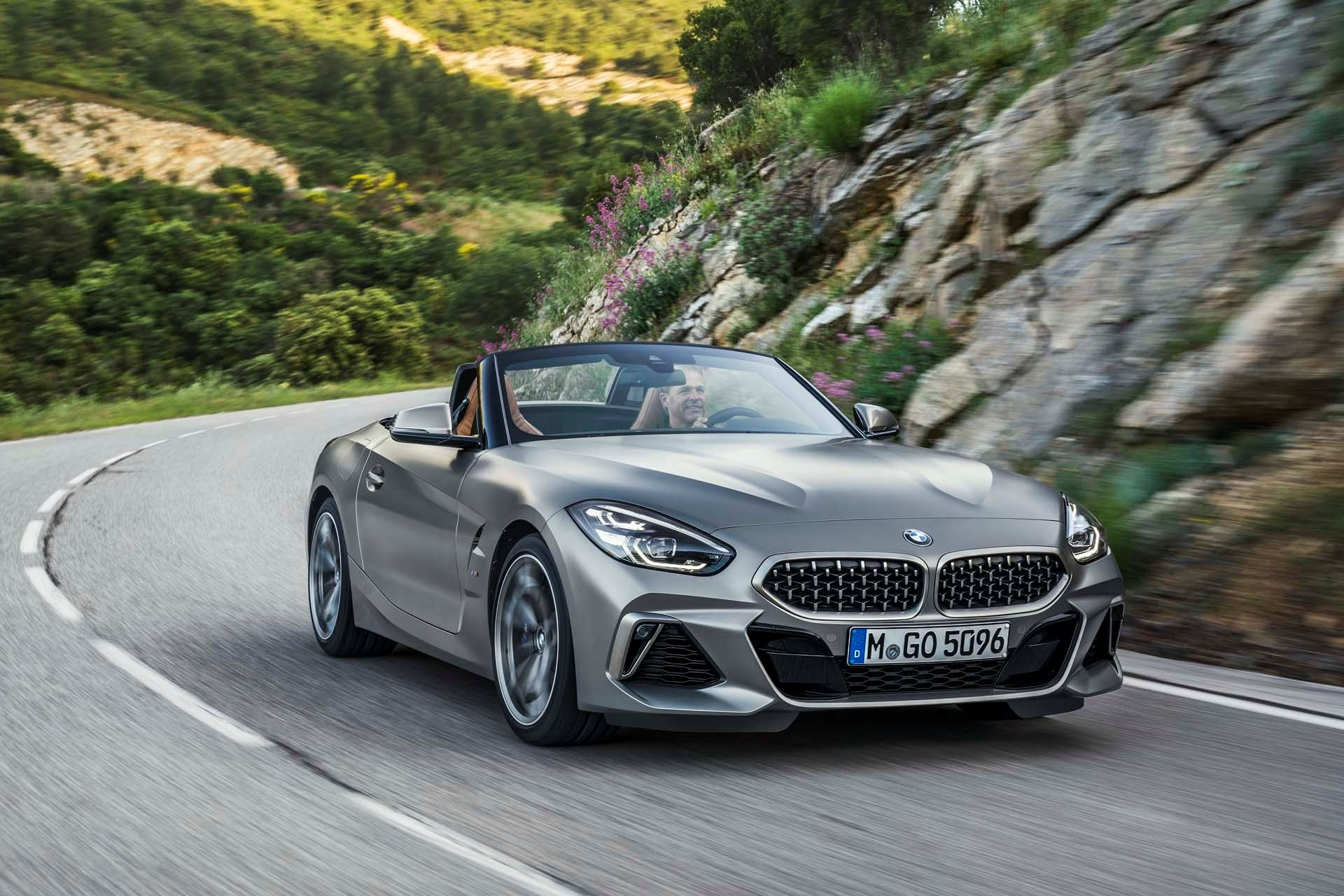 New 2020 BMW Z4 sDrive M40i Convertible sDrive M40i for sale $63,700 at M and V Leasing in Brooklyn NY 11223 1