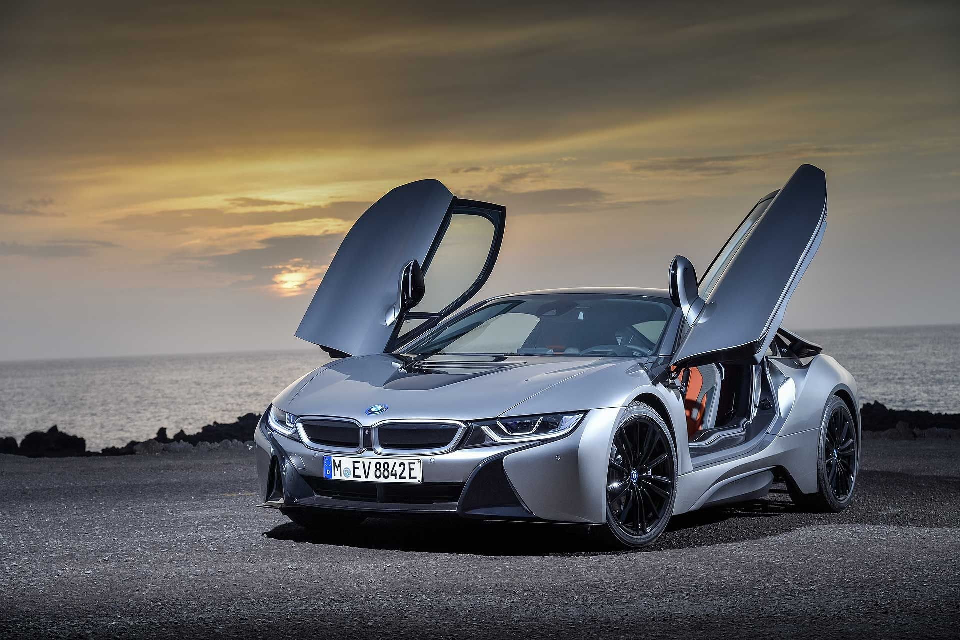 New 2019 BMW i8  Coupe for sale $147,500 at M and V Leasing in Brooklyn NY 11223 1