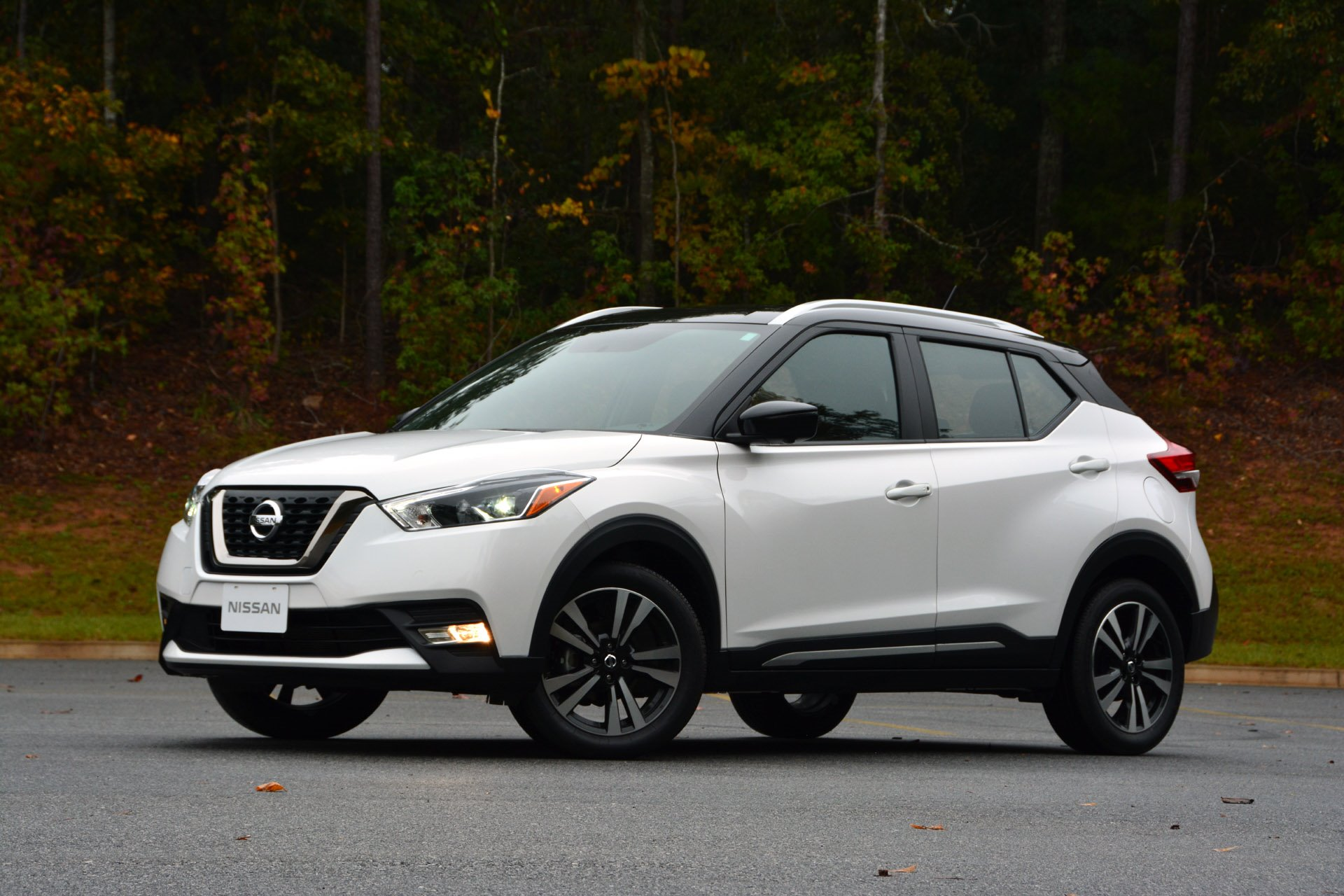 New 2019 Nissan Kicks SR SR for sale $20,970 at M and V Leasing in Brooklyn NY 11223 1