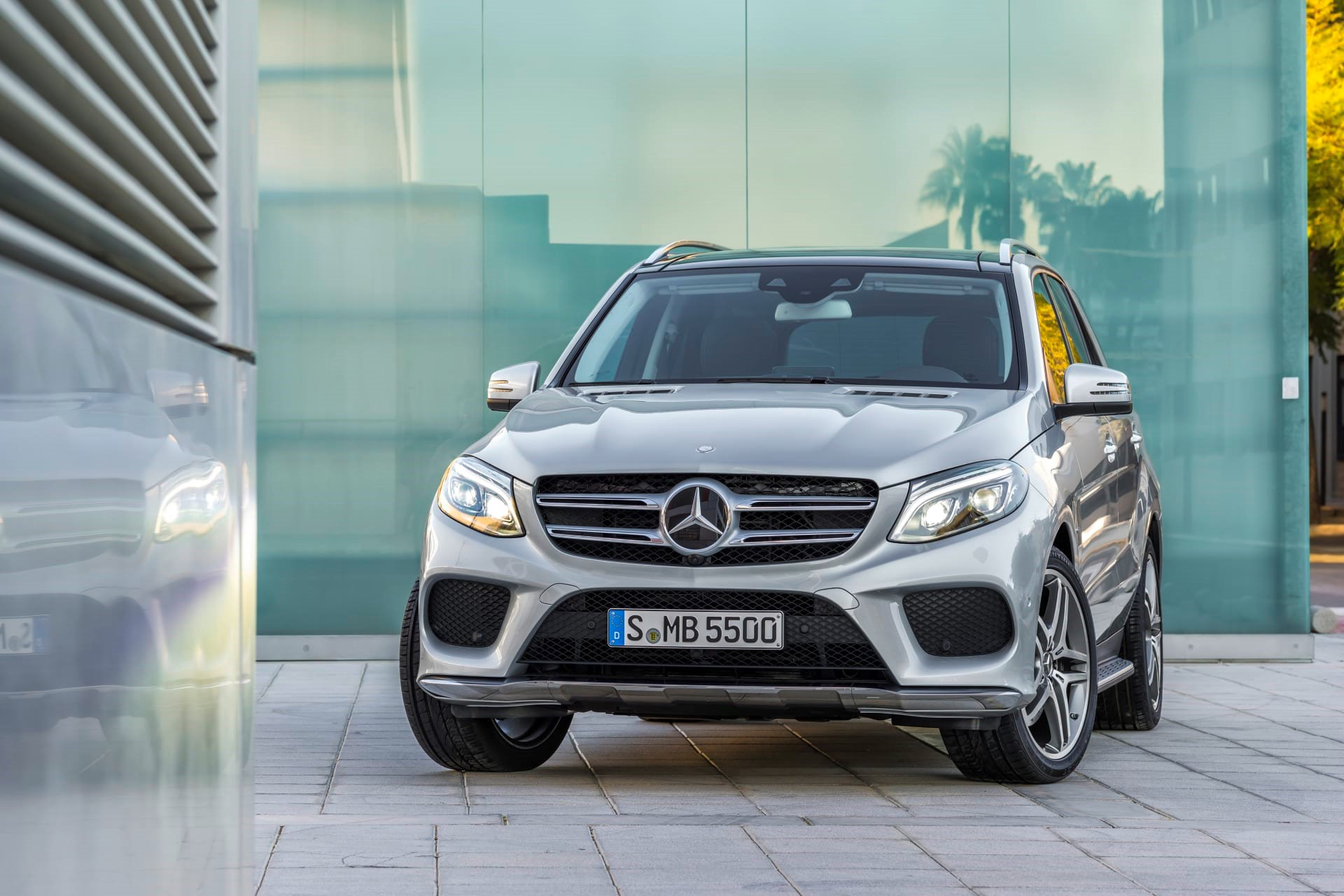 New 2020 Mercedes-Benz GLE 350 4MATIC GLE 350 4MATIC for sale $56,200 at M and V Leasing in Brooklyn NY 11223 1