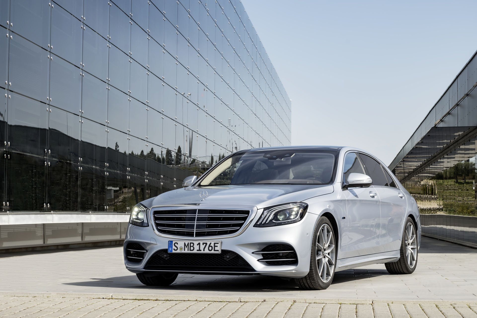 New 2019 Mercedes-Benz S 560 S 560 for sale $134,300 at M and V Leasing in Brooklyn NY 11223 1