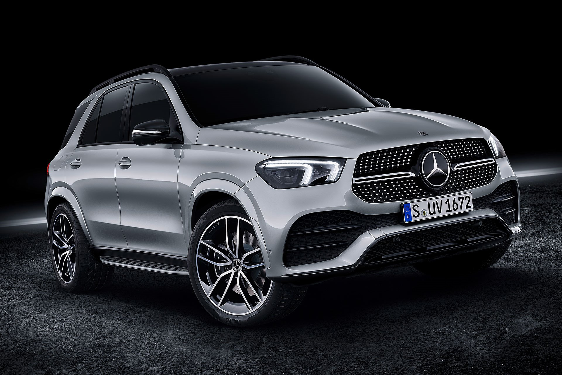 New 2019 Mercedes-Benz AMG GLE 43 AMG GLE 43 for sale $71,350 at M and V Leasing in Brooklyn NY 11223 1