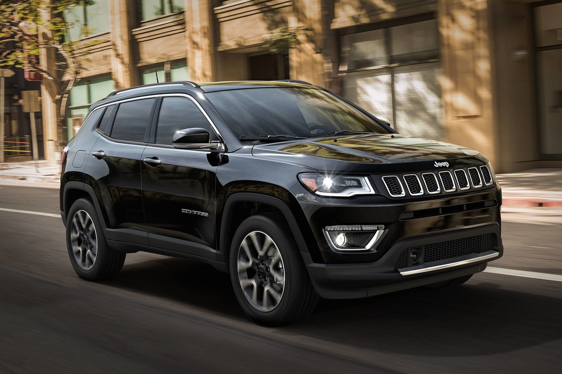 New 2019 Jeep Compass Latitude Latitude for sale $25,095 at M and V Leasing in Brooklyn NY 11223 1