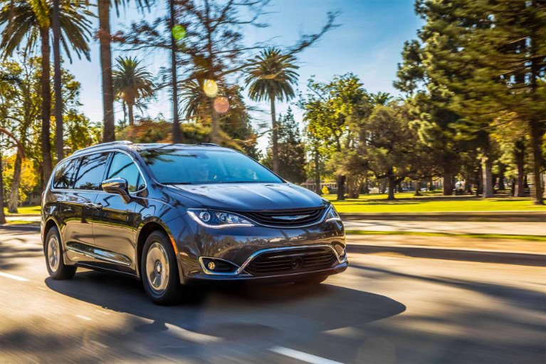 New New 2019 Chrysler Pacifica Touring L Plus Touring L Plus for sale $39,395 at M and V Leasing in Brooklyn NY