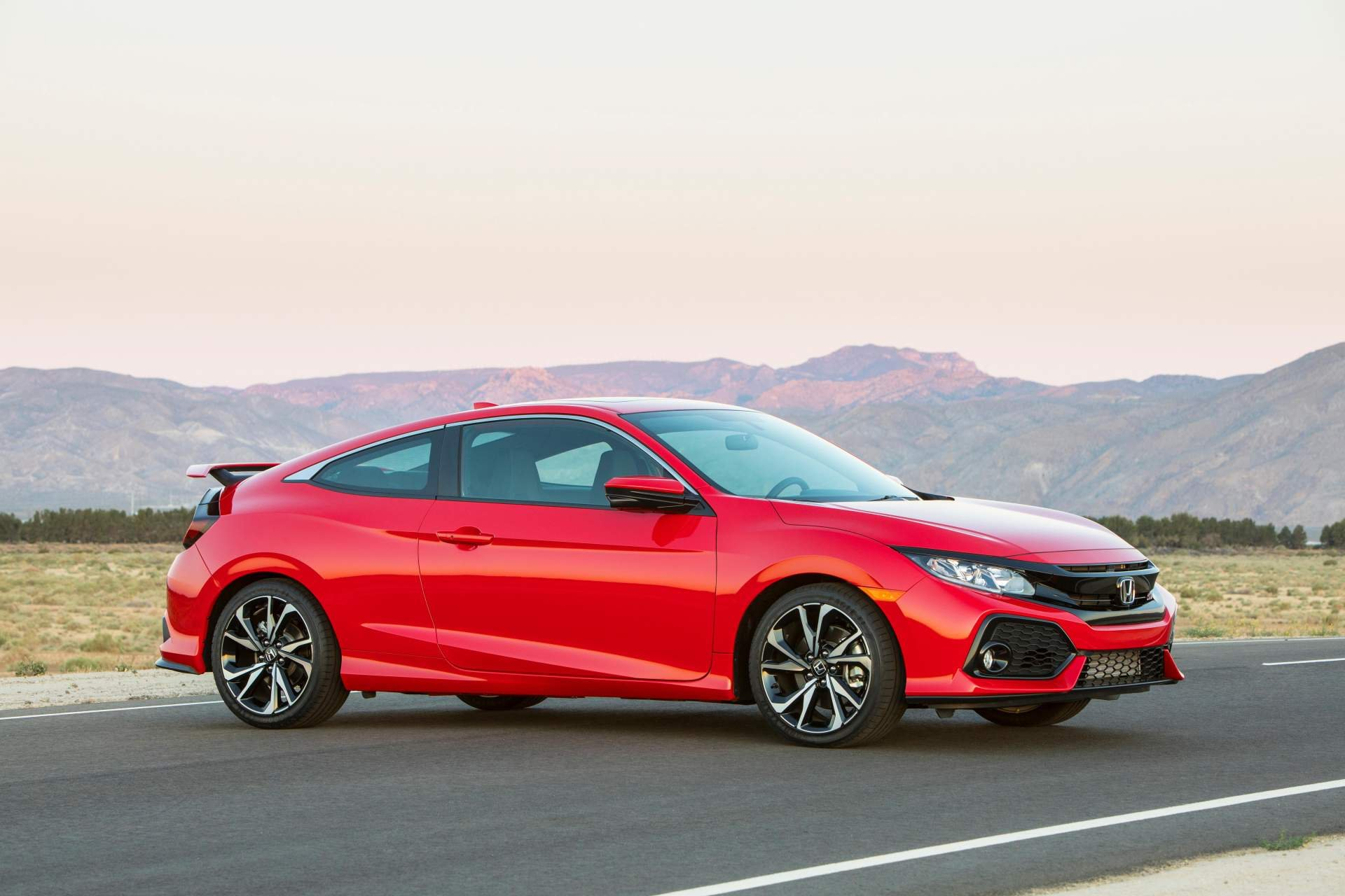 New 2019 Honda Civic Si Coupe for sale $24,300 at M and V Leasing in Brooklyn NY 11223 1