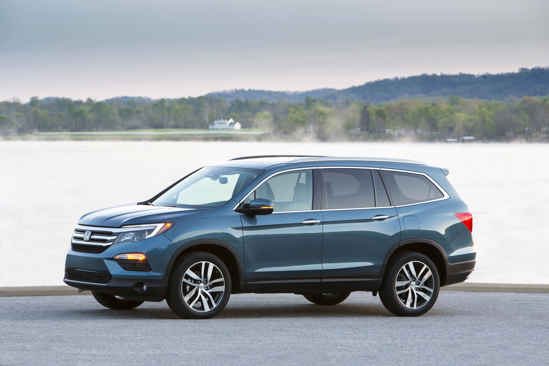 New 2019 Honda Pilot EX-L for sale $39,660 at M and V Leasing in Brooklyn NY 11223 1