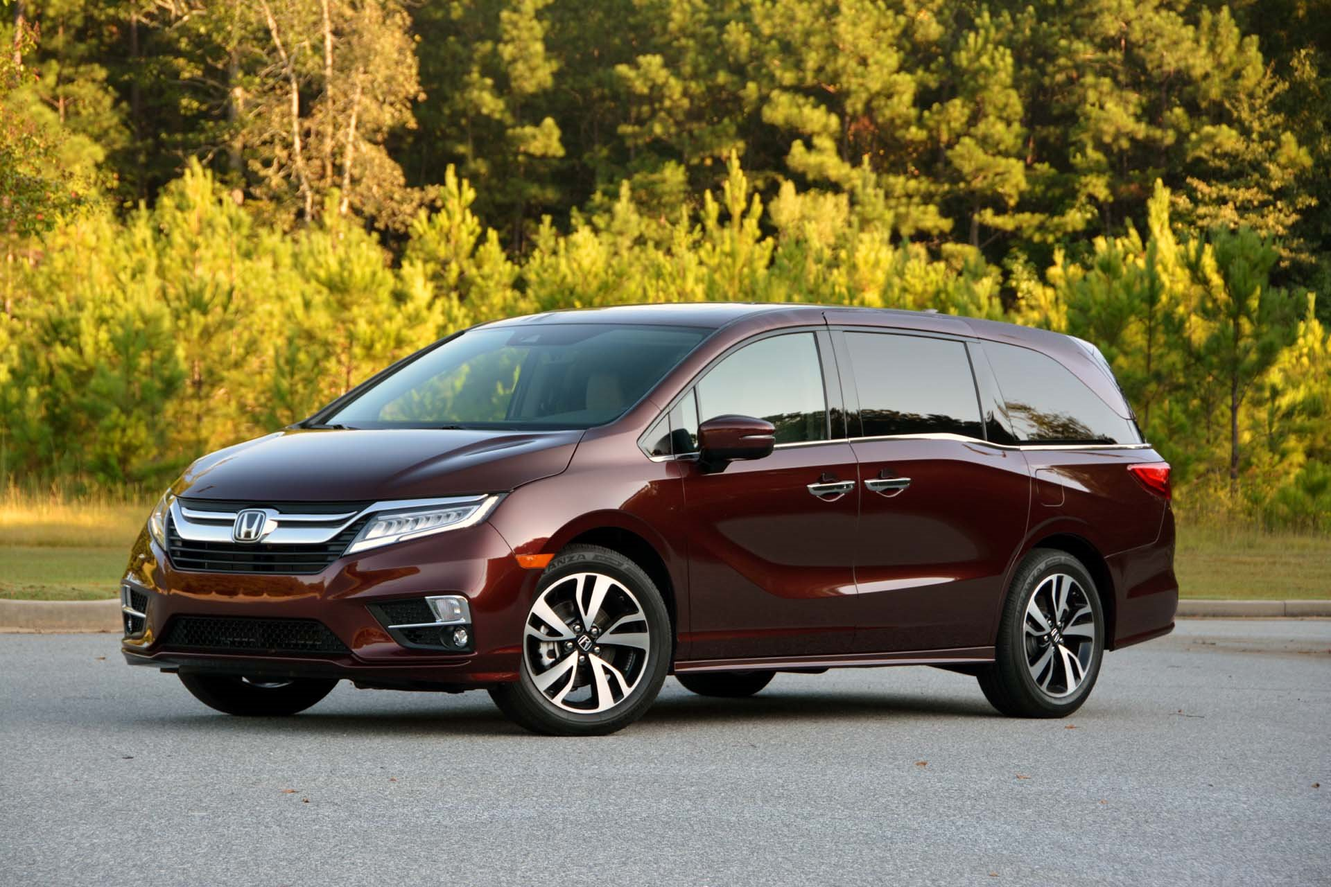 New 2019 Honda Odyssey EX-L w/Navi w/RES for sale $39,710 at M and V Leasing in Brooklyn NY 11223 1