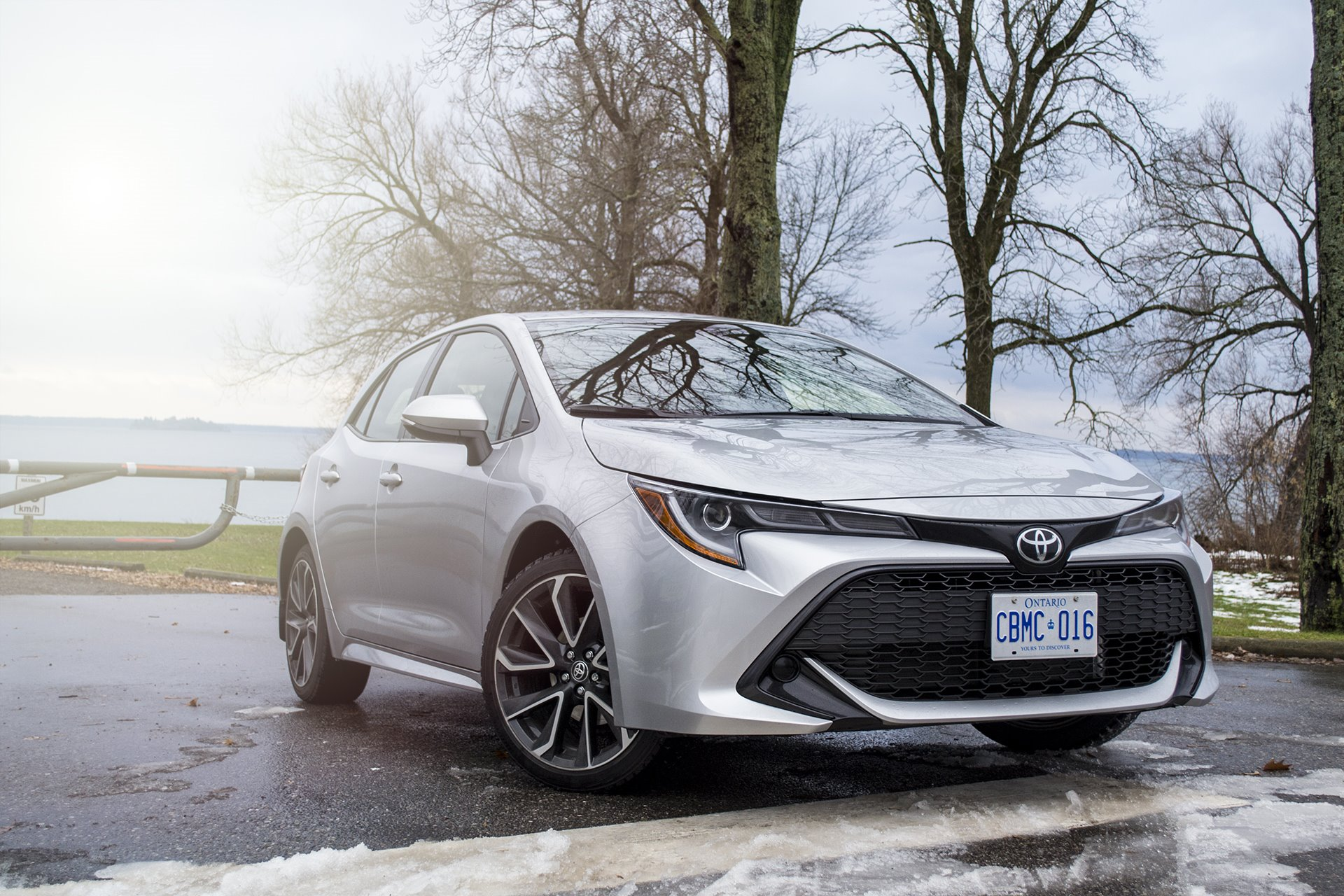New 2019 Toyota Corolla Hatchback SE Hatchback for sale $21,240 at M and V Leasing in Brooklyn NY 11223 1