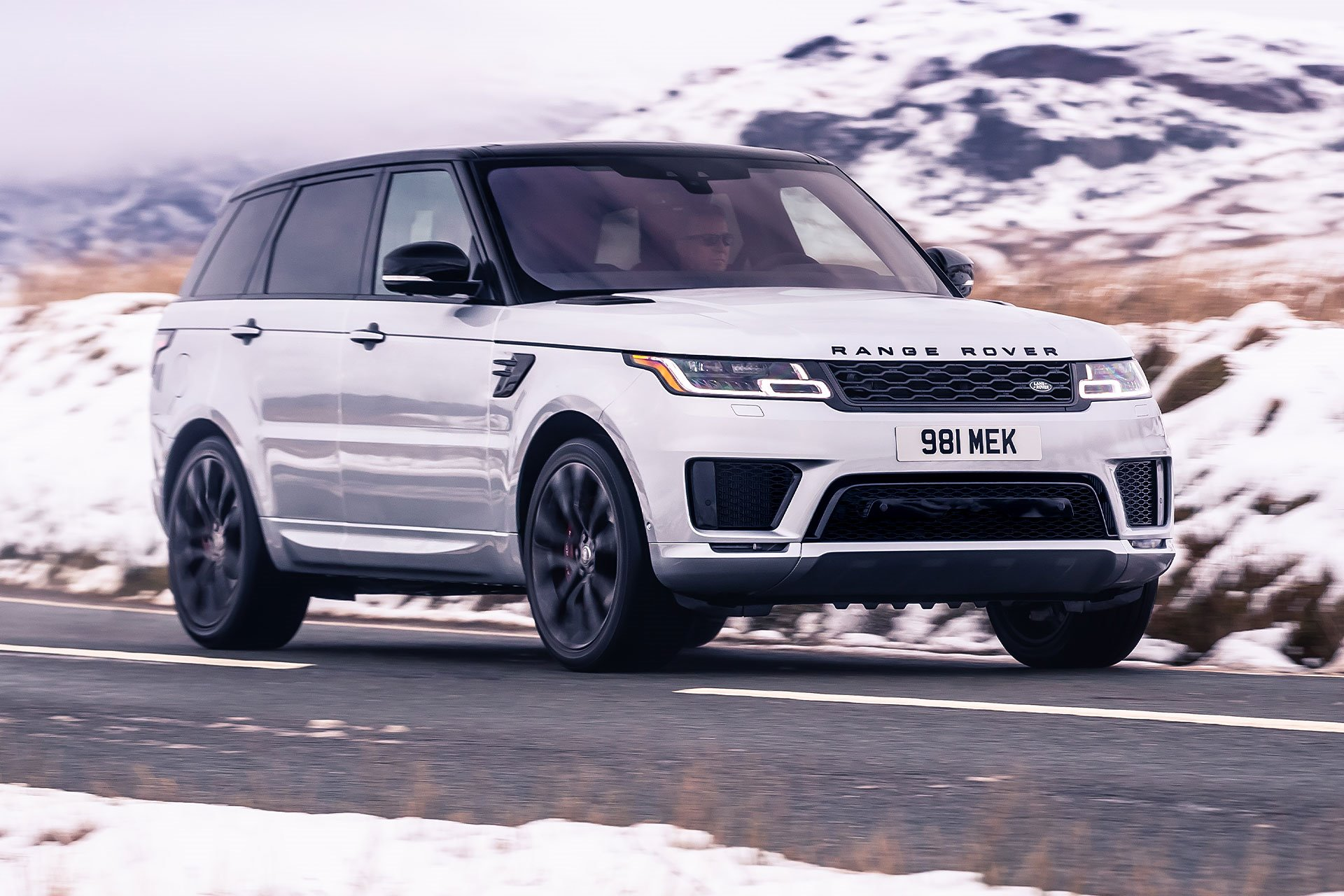New 2019 Land Rover-Range Rover Sport Supercharged Dynamic Range Rover Sport Supercharged Dynamic for sale $86,500 at M and V Leasing in Brooklyn NY 11223 1