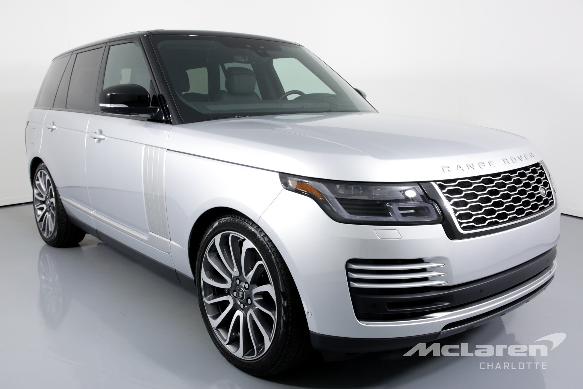 New 2019 Land Rover-Range Rover Supercharged Range Rover Supercharged for sale $105,950 at M and V Leasing in Brooklyn NY 11223 1