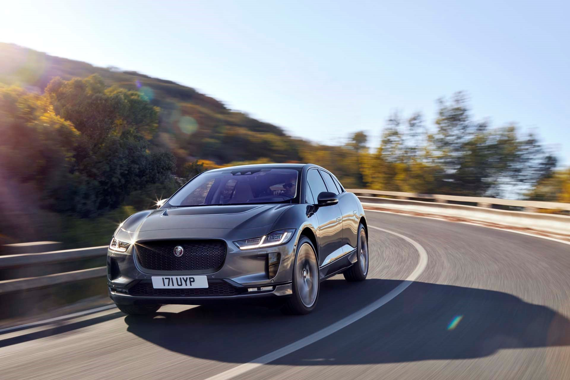 New 2019 Jaguar-I-PACE EV400 HSE I-PACE EV400 HSE for sale $80,500 at M and V Leasing in Brooklyn NY 11223 1