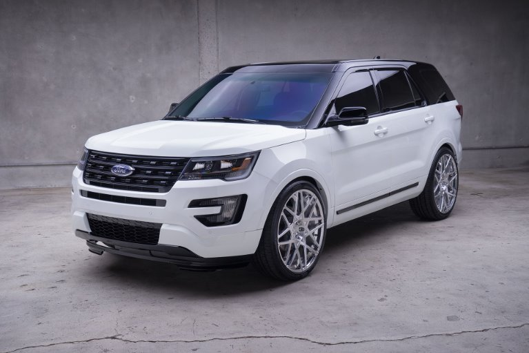 New New 2019 Ford-Explorer XLT Explorer XLT for sale $36,550 at M and V Leasing in Brooklyn NY
