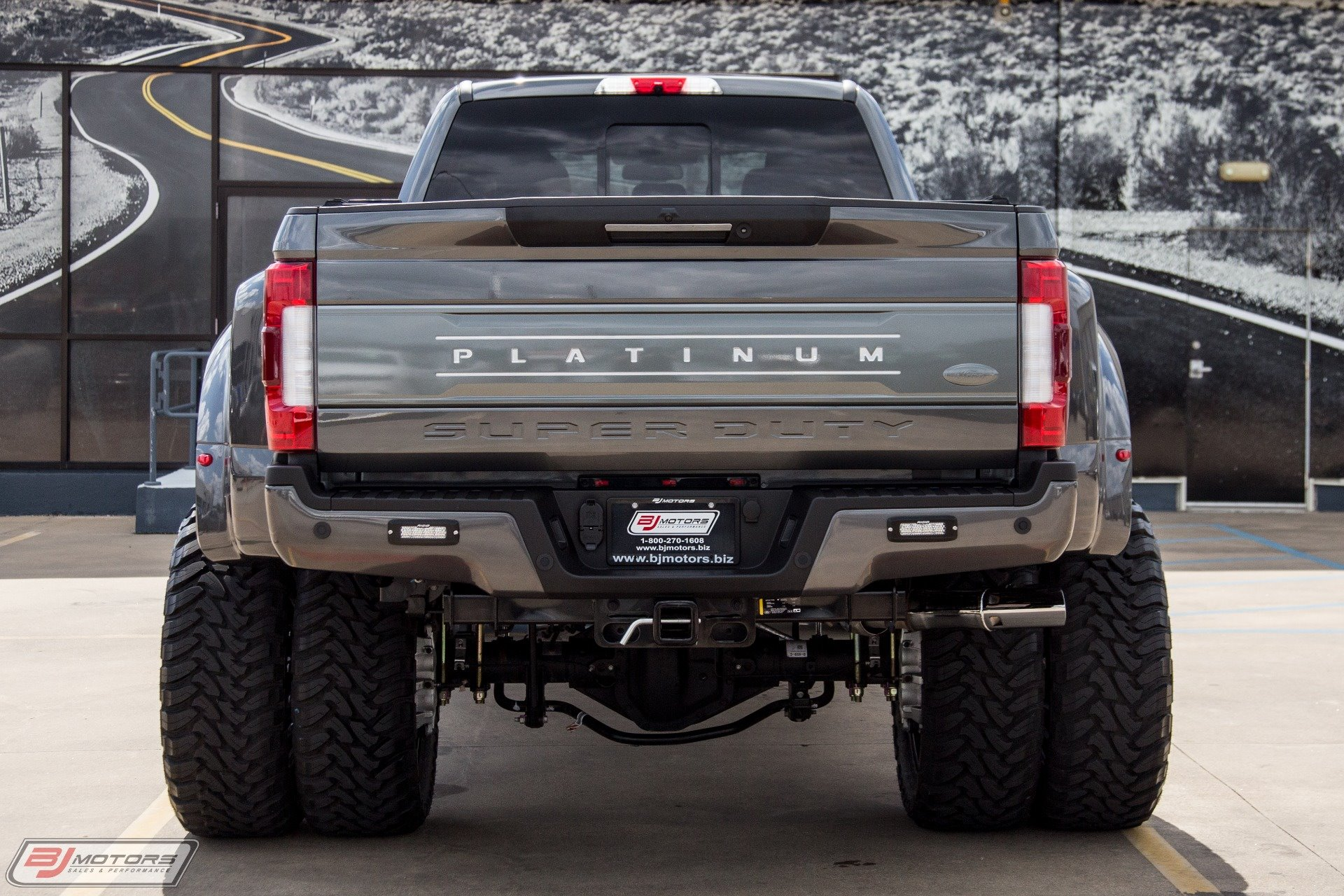 New 2019 Ford-F-350 Super Duty Lariat F-350 Super Duty Lariat for sale $52,830 at M and V Leasing in Brooklyn NY 11223 1