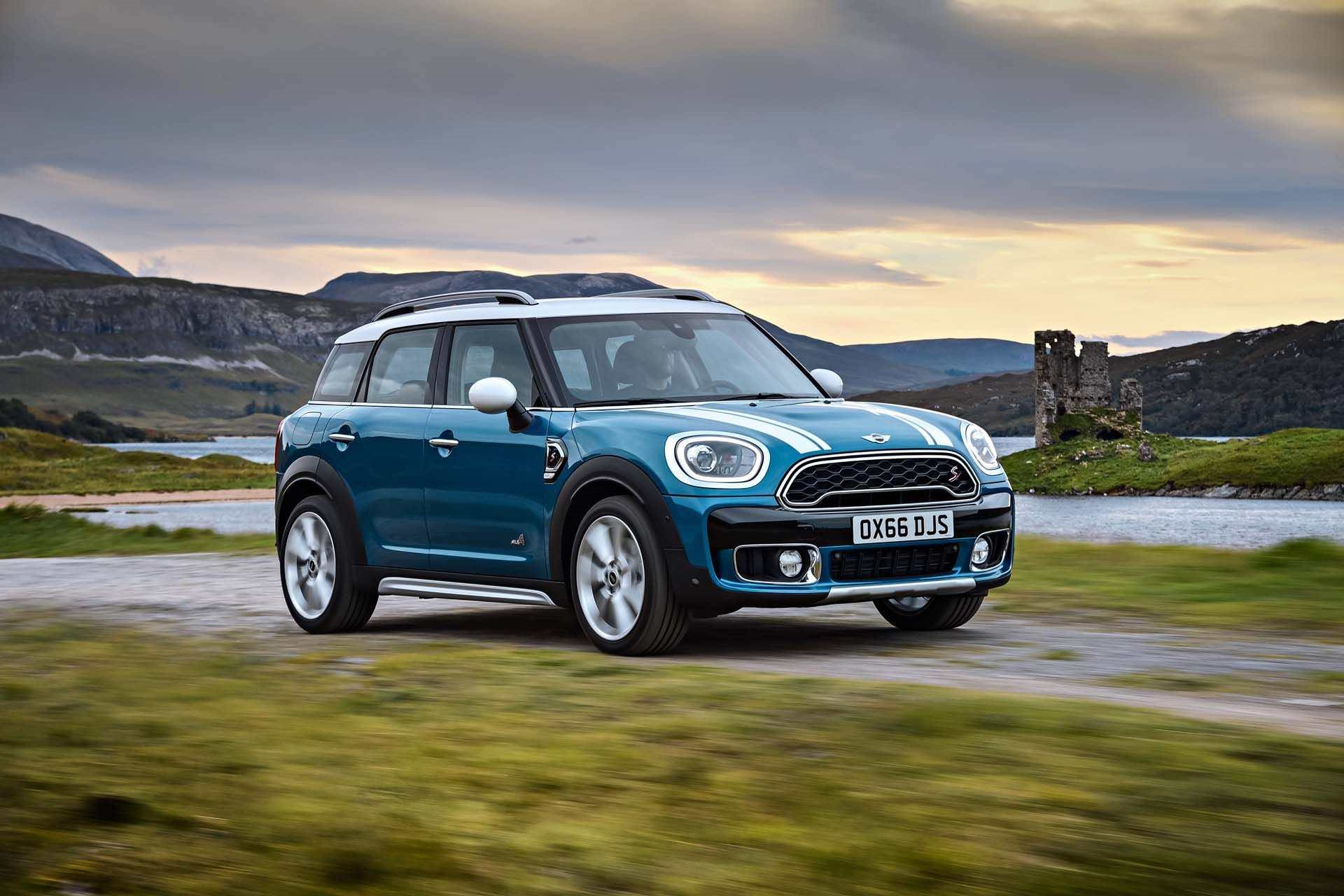 New 2019 MINI-Countryman Cooper ALL4 Countryman Cooper ALL4 for sale $28,900 at M and V Leasing in Brooklyn NY 11223 1