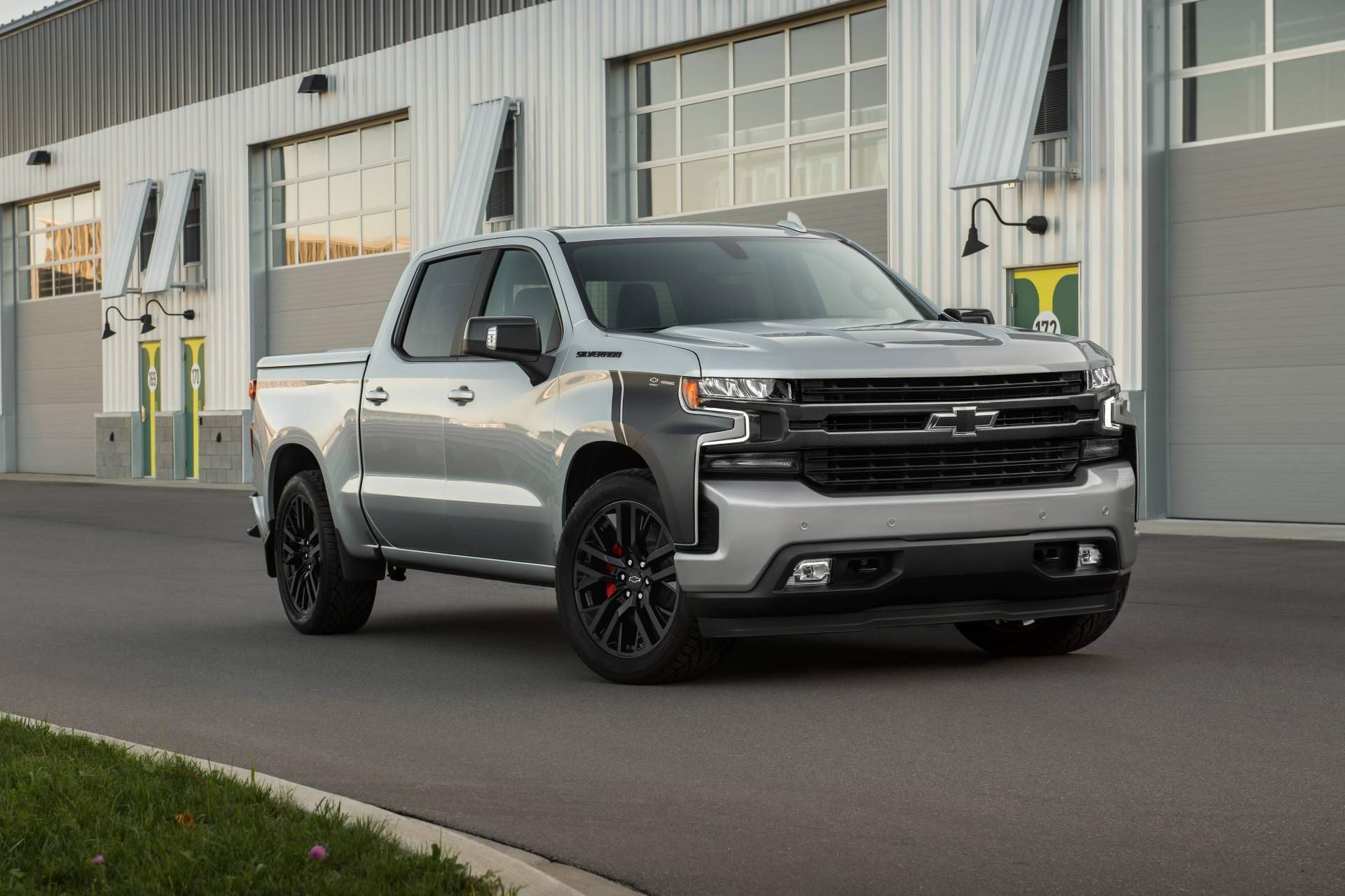 New 2019 Chevrolet-Silverado 1500 RST Silverado 1500 RST for sale $42,100 at M and V Leasing in Brooklyn NY 11223 1
