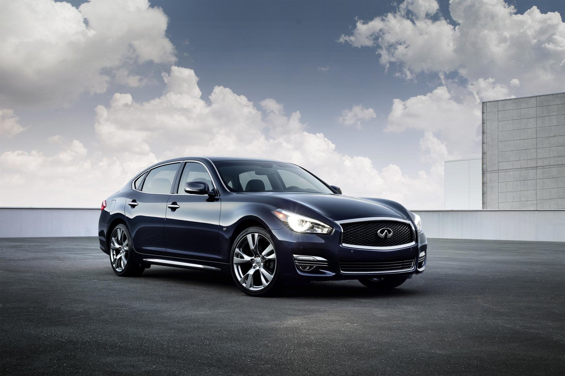 New 2019 INFINITI-Q70 3.7 Luxe Q70 3.7 Luxe for sale $52,450 at M and V Leasing in Brooklyn NY 11223 1